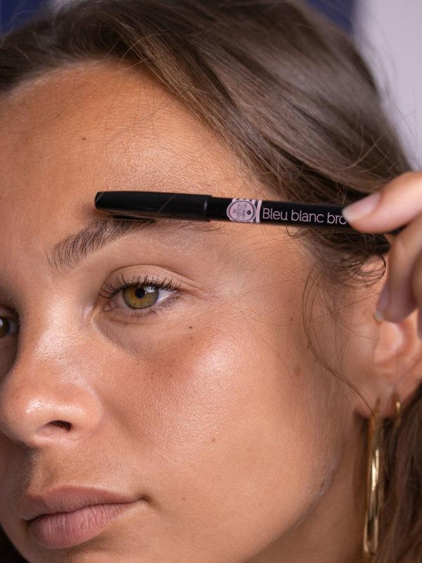 Aperçu Bleu Blanc Brow Crayon sourcils Le French Make-up