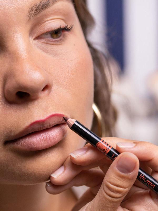 aperçu le crayon à lèvres Le French Make-up